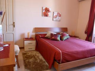 Casangela: a pochi passi da tutto, metro, stazione - Palermo vacation rentals
