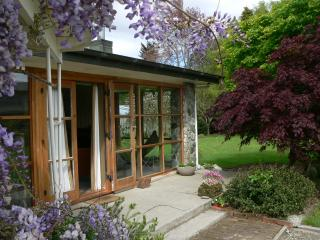 Comfortable 4 bedroom Te Anau House with Internet Access - Te Anau vacation rentals