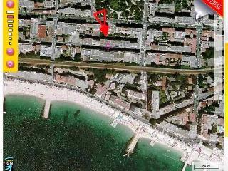 Palais de la mer Very nice studio Parking/Terrasse - Juan-les-Pins vacation rentals