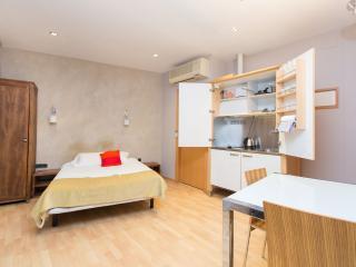 Studio in Born area - Barcelona vacation rentals
