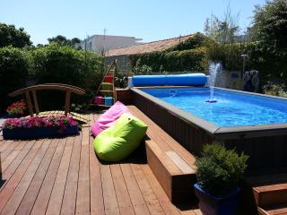 Nice Villa with Internet Access and Hot Tub - Perols vacation rentals