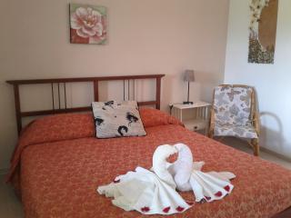 5 Terre Appartamento monolocale - Beverino vacation rentals