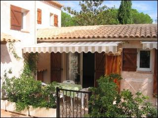 Location De Vacances L'Olivier - Roquebrune-sur-Argens vacation rentals
