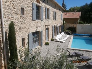 "Charming Stone House near Uzes ""Clos des Lucques"" - Bagnols-sur-Ceze vacation rentals"