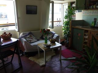 Bright 1 bedroom Condo in Asnieres-sur-Seine - Asnieres-sur-Seine vacation rentals