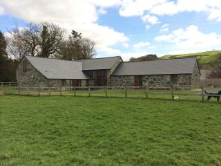 Holiday Barn Bala - Ysgubor Glandwr - Llanuwchllyn vacation rentals