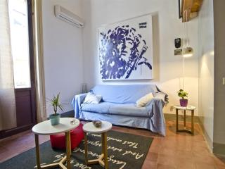 L1|HLUK Loft design in front at medieval castle - Catania vacation rentals