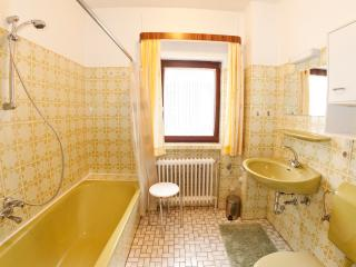 Nice Guest house with Refrigerator and Parking - Aurich vacation rentals