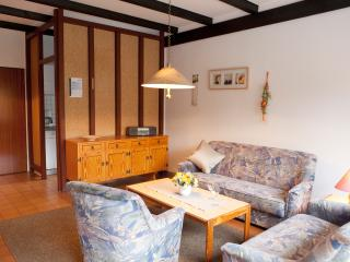 Cozy 2 bedroom Guest house in Aurich - Aurich vacation rentals