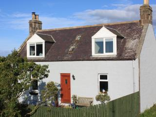 Sunny 3 bedroom Farmhouse Barn in Stonehaven - Stonehaven vacation rentals