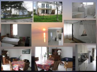 Nice Condo with Dishwasher and A/C - Sarzeau vacation rentals