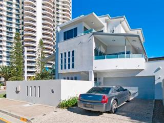Vacation Rental in Surfers Paradise