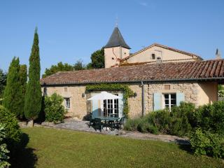 Perfect Gite in Lautrec with Television, sleeps 4 - Lautrec vacation rentals