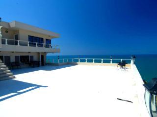 Gails Villa - Yorkeys Knob vacation rentals