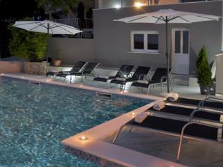 Luxury apartments Bonaria-Tramontana (4+1) - Okrug Gornji vacation rentals