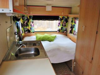 Edeby Gästfrihet, Caravan hostel - Vaddo vacation rentals
