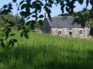 Romantic Cottage with Internet Access and Satellite Or Cable TV - Maybole vacation rentals