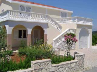 2 bedroom Apartment with A/C in Zdrelac - Zdrelac vacation rentals