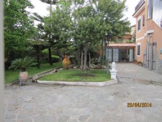 Bright 2 bedroom Magazzeno House with A/C - Magazzeno vacation rentals