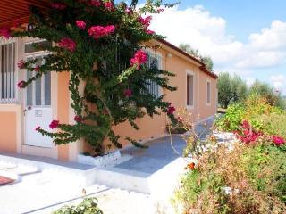 2 bedroom Villa with A/C in Pirgos - Pirgos vacation rentals