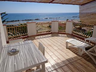 Convenient 2 bedroom Bed and Breakfast in Ribera - Ribera vacation rentals