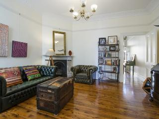 BONDI JUNCTIONS Edgecliff Road .25. - Rose Bay vacation rentals