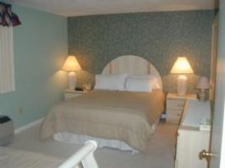 Condo rental in Gilford, New Hampshire - Lake view - Lakes Region vacation rentals