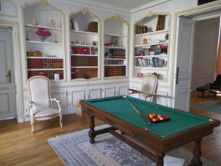 Nice Chateau with Satellite Or Cable TV and Refrigerator - Ludes vacation rentals