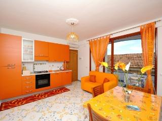 Romantic 1 bedroom Townhouse in Conca dei Marini with Internet Access - Conca dei Marini vacation rentals