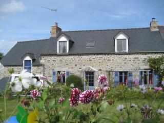 Nice House with Internet Access and Tennis Court - Planguenoual vacation rentals