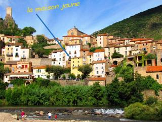 Cozy 2 bedroom Roquebrun House with Internet Access - Roquebrun vacation rentals