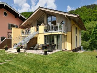Bright 5 bedroom Berchtesgaden Apartment with Deck - Berchtesgaden vacation rentals