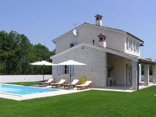 Private accommodation - holiday house Hreljici 8072 Holiday house - Bratulici vacation rentals