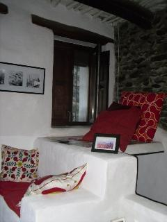 Romantic Townhouse with Internet Access and Grill - Pampaneira vacation rentals