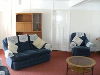 3 bedroom Bungalow with Internet Access in Hemsby - Hemsby vacation rentals
