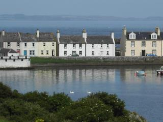 Charming 2 bedroom Isle Of Whithorn Cottage with Outdoor Dining Area - Isle Of Whithorn vacation rentals