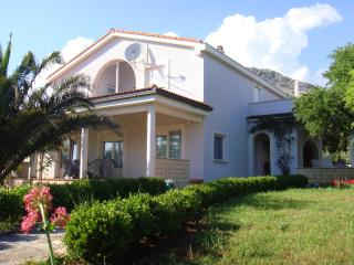 Apartments in Villa Andreja, Starigrad-Paklenica - Starigrad-Paklenica vacation rentals
