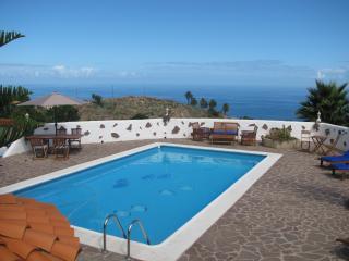 Finca Las Mariposas, recreation in the green - Los Realejos vacation rentals