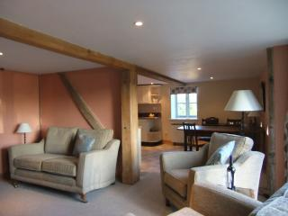 2 bedroom Barn with Internet Access in Knighton - Knighton vacation rentals