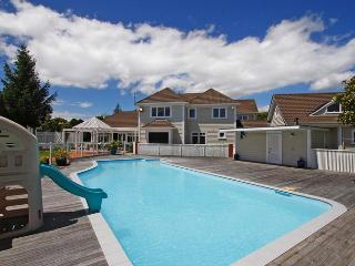 Kefalonia Luxury Retreat - Waikanae vacation rentals