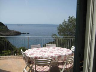 2 bedroom Villa with A/C in Rio Nell'Elba - Rio Nell'Elba vacation rentals