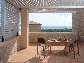 Bright 3 bedroom House in Aghios Nikolaos - Aghios Nikolaos vacation rentals