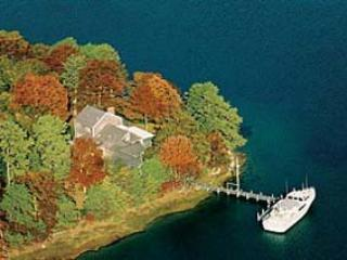 Lake Tashmoo Waterfront with Dock (40) - Image 1 - Massachusetts - rentals