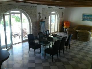 Apartment with private pool in Aliki-Paros - Paros vacation rentals