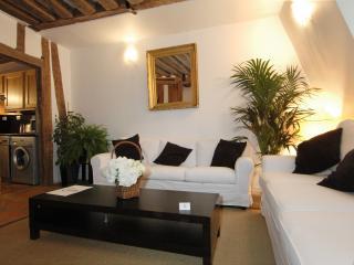 Gregoire Apartment 4th Floor - Paris vacation rentals