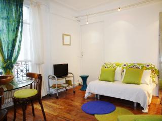 SEVRES - Paris vacation rentals