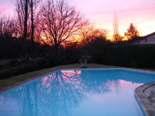 Nice Gite with Deck and Internet Access - Montaigu-de-Quercy vacation rentals