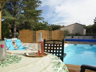 Villa avec la piscine à Bedoin au pied Mt Ventoux - Bedoin vacation rentals