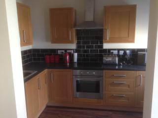 Comfortable 2 bedroom Blackpool Condo with Washing Machine - Blackpool vacation rentals