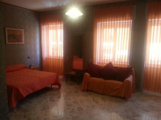 4 bedroom Townhouse with A/C in Aradeo - Aradeo vacation rentals